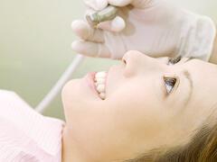 スタッフにも地域社会にも優しい歯医者を目指す